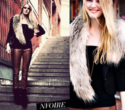 Natalie . - Leatherpants, H&M Fake Fur Collar, Zara Suede Boots - Stockholm/newyork
