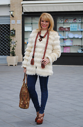 Francesca Romana C - Asos Faux Fur Coat, Miu Bag, Crilù Necklace, River Island Pumps - A Scarf or A Necklace?