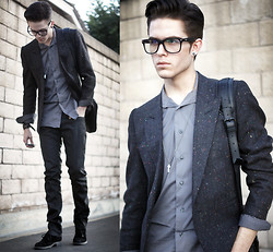 Adam Gallagher - Glasses, Shopthegallaxy(Opening Wednesday) Speckled Blazer, Zara Gray Shirt - Speckles & gray