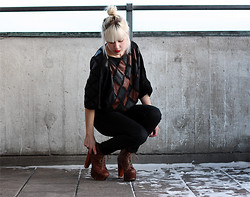 Therese Ahlström - Jeffrey Campbell Shoes, Second Hand Sweater, Cheap Monday Jeans - TWENTYSEVEN STAIRS OF DREAMS