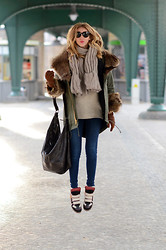Chiara Ferragni - Isabel Marant Sneakers, Elizabeth And James Parka, Balenciaga Bag - Isabel Marant sneakers+Parka