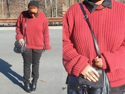 Sbhe Ke kuhle - Thrifted Sweater, Levi's® Jeans, Urban Outfitters Wedges, H&M Choker - RED