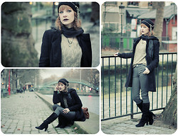 Jane Eyre - H&M Customized Retro Beanie, Naf Coat, Zara Golden Top, Zara Grey Jeans, La Redoute Boots - Lumiere Hivernale