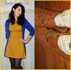Melynah N. - Bershka Dotted Dress, New Look Lace Up Wedges, H&M Flowery Socks, H&M Electric Blue Cardigan - But where's my Dandelion boy?