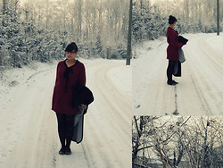 Rani Multani - Diy Knitted Dress - Frozen Planet
