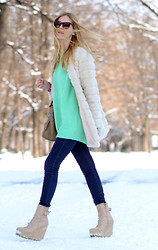 Chiara Ferragni - Acne Studios Wedges, Acne Studios Mint Sweater - Mint in the snow