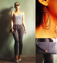 Francia Lailanie Boayes - Forever 21 Top, Forever 21 Skinny Jeans, Le Donne Silver Shoes, By Sm Envelope Bag, Online Shop Earrings - Leather Envelope Bag wit Silver Sling
