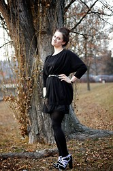 Mishka O. - Asos Shoes, Stefanel Sweater, H&M Dress - In black