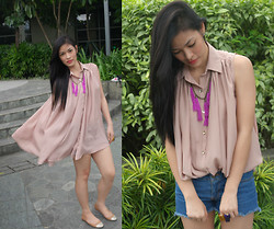Alarilla Sisters - Hongkong Top Dress, H&M Maong Shorts, Anagon Collection Tassel Necklace - In or Out