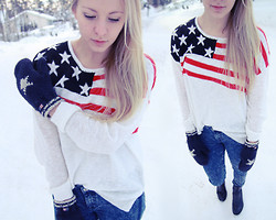 Joanna M - Gina Tricot American Flag Knit, Lexington Star Mittens, Volcom Jeans - Old Glory
