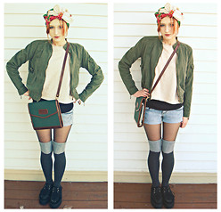 Clove Bud - Vintage Floral Headscarf, Clio Army Jacket, H&M Sweater, Bongo Shorts, Hato Hasi Vintage Day Planner, Demonia Creepers - Gypsies Don't Fly Planes.