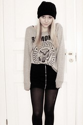 Frida G - H&M Ramones Sweater, Zip Skirt - Ramones And Zip
