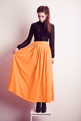 Natalie K - Charlotte Rouge Maxi Skirt, Charlotte Rouge Shirt With Shoulder Pads - Orange!