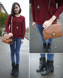 Anne - Scarab Necklace, Guess? Watch, Vintage Bag, Style Nanda High Waisted Skinny Jeans, San Marina Lace Up Boots - Scarabée