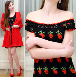 Ariadna Majewska - Hong.Bing.Er Red Coat, Black Strawberry Dress, Toria Blanic Red Heels, Swarovski Earrings - Strawberry dress