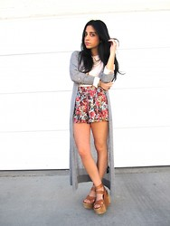 Raaz and Naazak Taghipour - H&M Cardigan, Vintage Blouse, Pins & Needles Floral Print Shorts, Joe's Jeans Platform Wedges - Fabulously Feminine