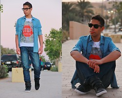Karim Albanna - Ray Ban Wayfarer Sunglasses, Levi's® Denim Shirt, Lee Cooper Printed T Shirt, Levi's® Dark Blue Jeans, Supra Black Sneakers, Ray Ban Wayfarer Glasses - Stop