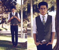 Peter Adrian - Charcoal Vest, Floral Silk Tie, H&M White Dress Shirt, Leather Belt, Neoblue Jeans Black Pants - Each Coming Night