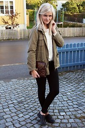 Isabella T - Cubus Sweater, H&M Jacket, Secondhand Clutch - Heartbeats