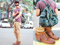 David Guison - Topman Rucksack, Sebago Ronnie Fieg Limited Edition Odanak Docksides, Sebago Top, Topman Belt, Topman Pants, Sm Watch - Rocket High
