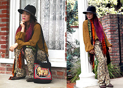 Beneaththeglass . - Nasty Gal Hat, Thrifted Shirt, Vintage Pants, Thrifted Boots, Vintage Bag - Olive & Snakeprint