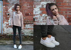 India Rose - Romwe Sweater, Topshop Jeans, Vans Sneakers, Grafea Backpack - MOMENTS OF YOU
