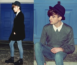 Ramon Miron - Uniqlo Midnight Blue, Mango Cross Earring, Lee Skinny, Underground Creepers - Ihaveadream.