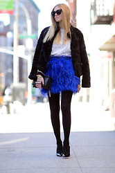 Chiara Ferragni - Zara Skirt, Christian Louboutin Shoes - Feather electric blue skirt
