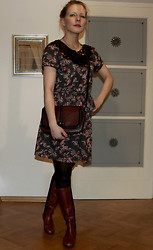 Domi La Petite - Springfield Black Lace And Floral Dress - Country dress for urban look