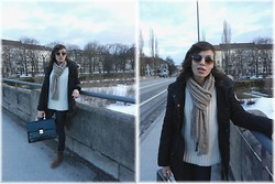 Rana Laing - Auntie <3 Vintage, Levi's® Slight Curve, Mommy Vintage Sweater - Knit and Aviator