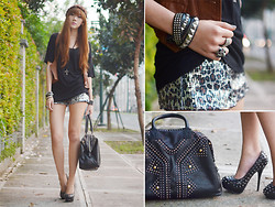 Camille Co - Haute Culture Shorts, Feet For A Queen Heels, Sm Accessories Ring, Extreme Finds Headband - Hipster