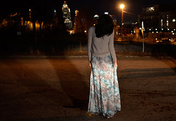 Alicia Jean - Madewell Fisherman Cable Sweater, Stylestalker Sunset Strip Maxi Skirt - ATL at night