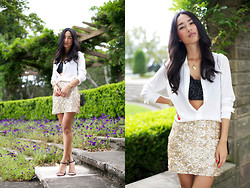 Nicole Warne - Zara Shirt, Gary Pepper Vintage Sequin Bra, Style Stalker Skirt, Tony Bianco Heels - Double the sequins, double the fun.