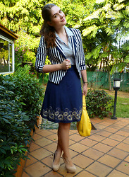 Marie McGrath - H&M Striped Blazer, Qupid Beige Pumps, Xoxo Yellow Purse, One Star Striped Button Down Shirt, Velvet Navy Skirt - Getting the hang of it