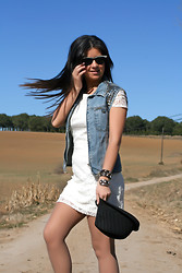 Fasionable Room By Maria - Calvin Klein Vest, Zara Dress, Ray Ban Sunglasses - LADY with a touch of ROCK