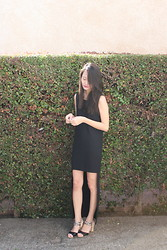 Holly Wang - Seychelles Snapdragon, Zara Black Dress - All Of My Thoughts