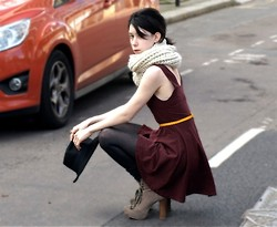 Jessica M. - Yellow Belt, Topshop Dress - Crouching Down