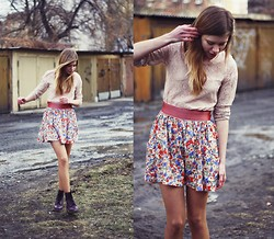 Suzie S. - Zara Laced Blouse, Zara Floral Skirt, Dr. Martens Purple Dm's - Wind of change