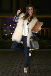Gresy D. - Stefanel Vest, Zara Jacket, Yves Saint Laurent Bag, Bershka Shoes - Follow Milan fashion week on my blog :D