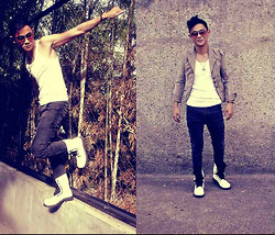 Rald Navarro - Carter Sando Basic, Bata Boots, En ' More Blazer Sack, Mint Eyeglass - Just Having Some Fun....!!