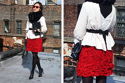 Monique . - H&M Jacket, Mango Cardigan, Giambattista Valli Skirt, Chanel Bag, Guess? Heels - Roses are Red