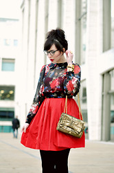 Keiko Lynn - Ray Ban Cat Eye Prescription Glasses, Random Store In La (Don't Know The Name) Sheer Floral Blouse, Bb Dakota Red Cutout Dress, Rebecca Minkoff Sweetie Bow Bag, Sorrelli Cuff - How many roses are sprinkled with dew?