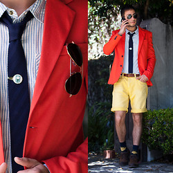 Reinaldo Irizarry - H&M Belt, Micha Design Scrabble Ring, Zara Brown Brogue Shoes, Target Argyle Socks, Zara Jacket, Forever 21 Shirt, Zara Shorts, Ray Ban Sunglasses, Forever 21 Silk Knit Tie, Vintage Tie Clip - BRIGHT HUES
