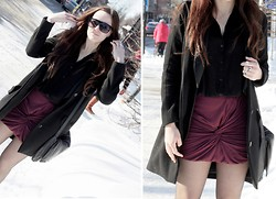 Therez Hahlin - Gina Tricot Top, Wera Sthlm Blazer - Burgundy and black a sunny day