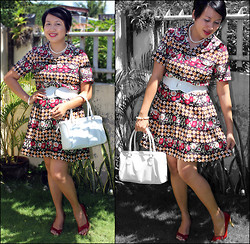 Ms. Chique - Fioni Red Peep Toe Shoes, Lord & Taylor White Hand Bag, Creations Vintage Floral Dress, Sm City Garterized Belt, Hongkong Pearl Neacklace, Earings & Bracelet - Kissed by the Summer Sunshine