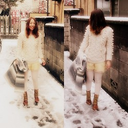 Yu Kuwabara - Kiira Cable Knit Sweater, Velnica Chiffon Shorts, Ozoc Lace Up Boots, Nana Nadesico Mexican Coat - Snow White