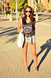 Felicia Frithiof - Wholesome Concept Fabric Bag, Ray Ban Ray Ban, Trashed Shorts, Bought On A Market Jack Daniels Tank Top, Bought In Italy Fringe Sandals - Jack Daniels, Old No.7