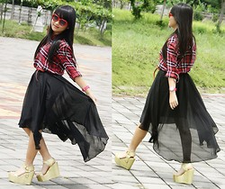 Veren Lee - Zara Plaid Shirt, Sheinside Mullet Skirt, Up Glitter Wedges, Gowigasa Heart Sunnies - I'm walking on sunshine