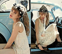 Nadja Nortje - Vintage Bought In Paris, Forever New, Self Made Headband - CHantilly Lace