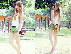 Patricia Prieto - Dolce Vita Sandals, Extreme Finds Necklaces, Forever 21 Top, Juicy Couture Cuff, Random From Bangkok Shorts, Betsey Johnson Bag - Throw On Some Colour